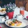 Petit déjeuner « santé » au restaurant