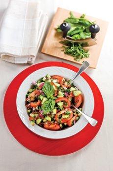 Salade de tomates au basilic