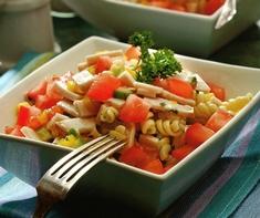 Salade colorée de dinde fumée