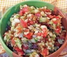 Salsa aux tomates et concombre